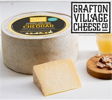 Grafton Clothbound Cheddar